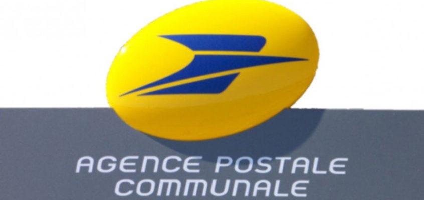 Agent d'accueil de l'agence postale communale